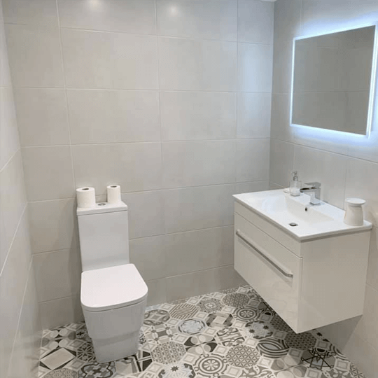 5 Cloakroom Ideas to Bring your bathroom to life this Autumn