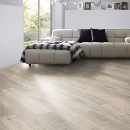 Colorado Oak 8mm Laminate Wooden Flooring - 2.22sqm per pack - 13993