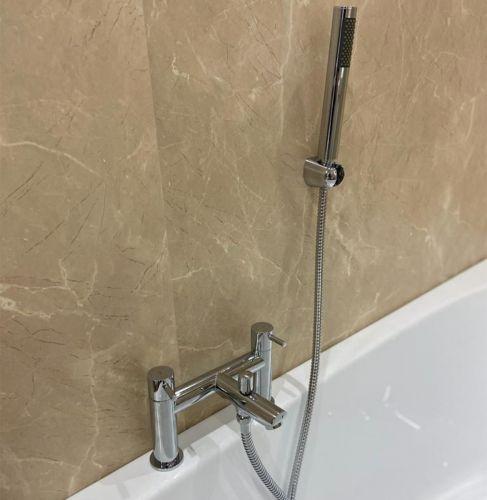 Cutout of ER Curve Bath Shower Mixer