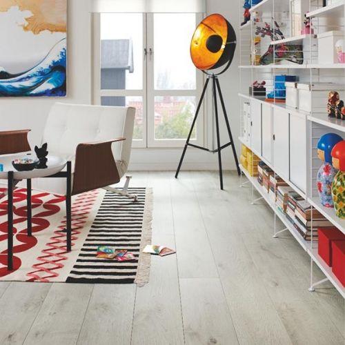 Pergo Living Expressions 2m Plank 4V Laminate Wooden Flooring - 2.522sqm per pack - Winter Oak (18137)