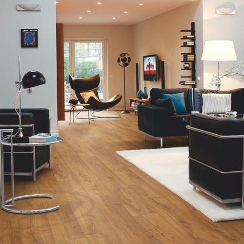 Pergo Living Expressions 2m Plank 4V Laminate Wooden Flooring - 2.522sqm per pack - Royal Oak (18136)