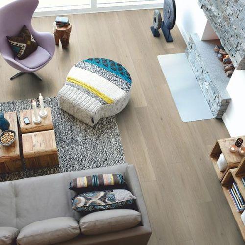 Pergo Living Expressions 2m Plank 4V Laminate Wooden Flooring - 2.522sqm per pack - Romantic Oak (18135)