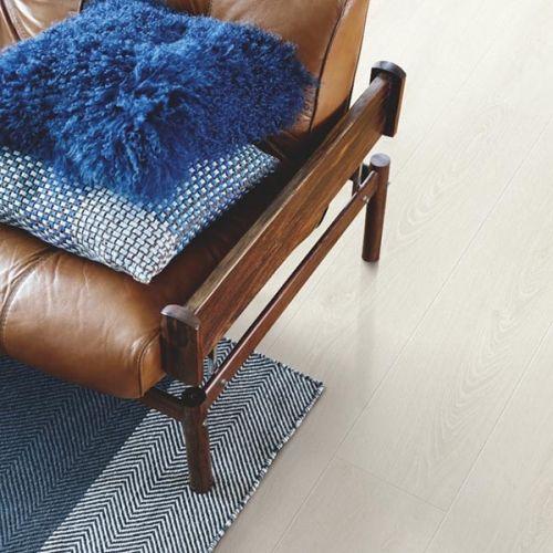 Pergo Sensation Modern Plank 4V Laminate Wooden Flooring - 1.835sqm per pack - Frost White Oak (18102)