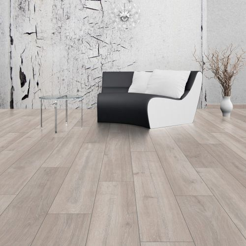 Rockford Oak 12mm Laminate Wooden Flooring - 1.48sqm per pack (19159)