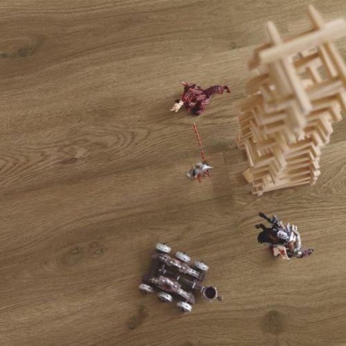Pergo Premium Click Vinyl Flooring - 2.105sqm per pack - Modern Coffee Oak (13921)
